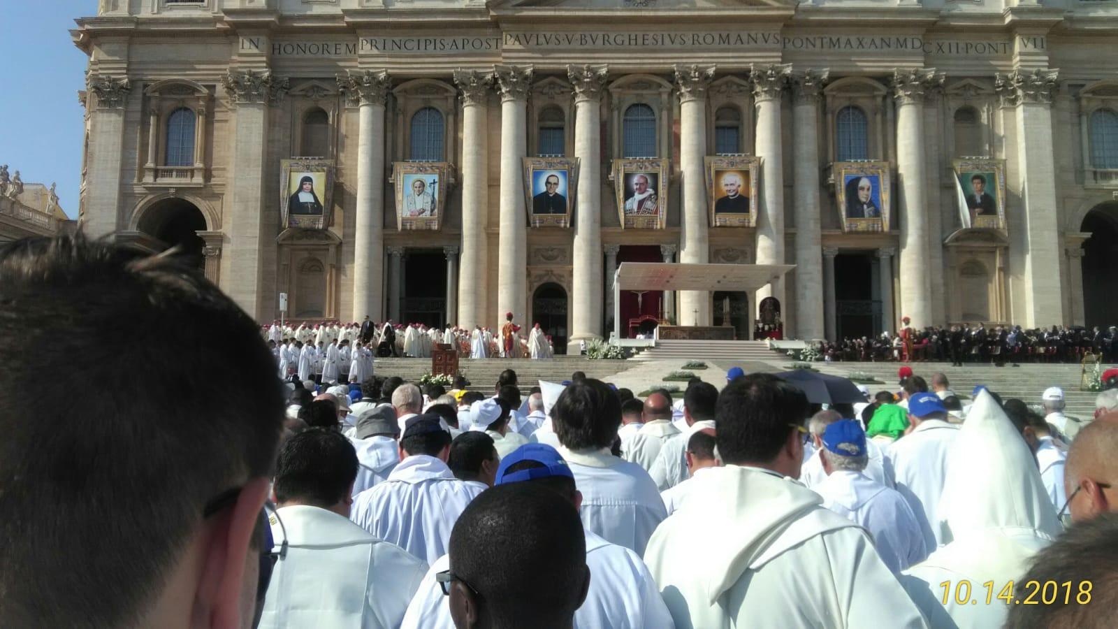 10-14-18-oscar-romero-canonization-fr-mike-rome (4)